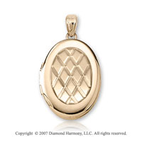 Carved Crisscross 14k Yellow Gold Medium Oval Locket