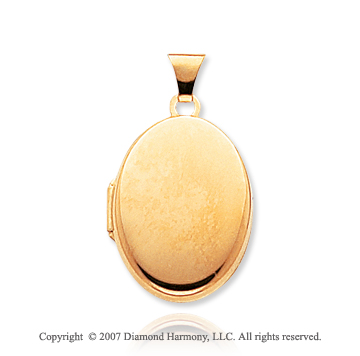 14k Yellow Gold Plain Elegance Oval Locket