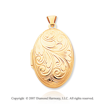 14k Yellow Gold Elegant Classic Oval Locket