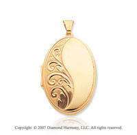 14k Yellow Gold Classic Style Oval Locket