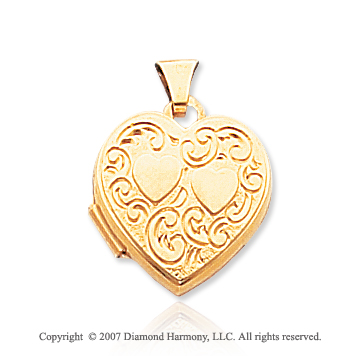 14k Yellow Gold Stylish Hearts Locket
