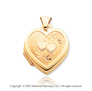 14k Yellow Gold Fashionable Hearts Locket