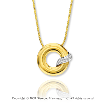 14k Yellow Gold Stylish Diamond Circle Necklace