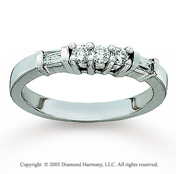 14k White Gold 0.20 Carat Diamond Anniversary Band