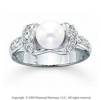 14k White Gold Elegant Pearl 1/3 Carat Diamond Ring