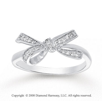 1/10 Carat Diamond 14k White Gold Fashion Bow Ring